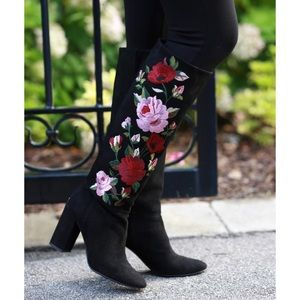 NEW Kate Spade Floral Embroidered Suede Boots